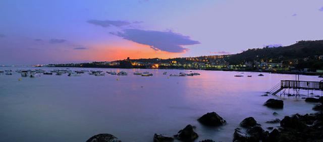 Spiaggia di Aci Trezza - Panorama notturno